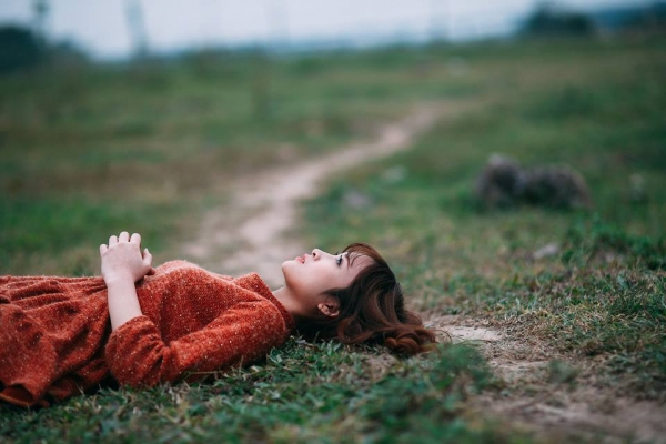 Im lặng và trốn tránh mối quan hệ dấu hiệu càng yêu lâu càng dễ chia tay