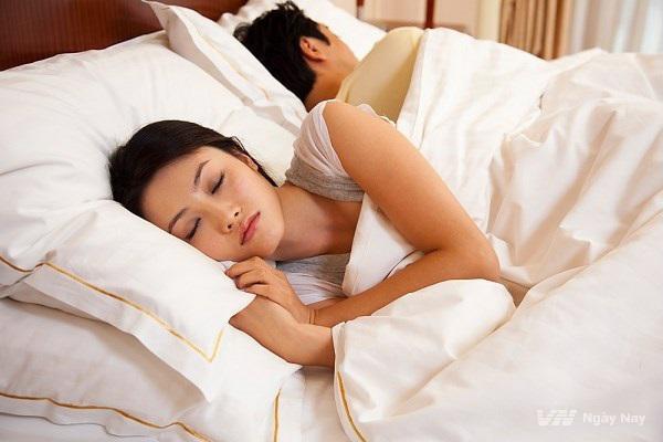 Quan hệ tình dục không an toàn, nguy cơ nhiều căn bệnh nguy hiểm