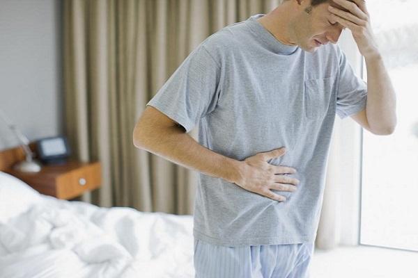 Namgiới đau bụng dưới sau khi quan hệ