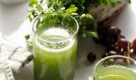 Cách trị đau bụng kinh tại nhà bằng nước ép ngải cứu hiệu quả