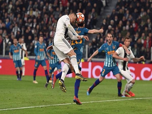 """Ronaldo - """"ông trùm"""" không chiến cúp C1"""