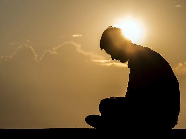 Tổng hợp những stt buồn được chia sẻ nhiều nhất trên mạng