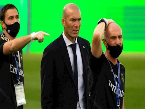 Zidane mắng học trò ngày Real trở lại
