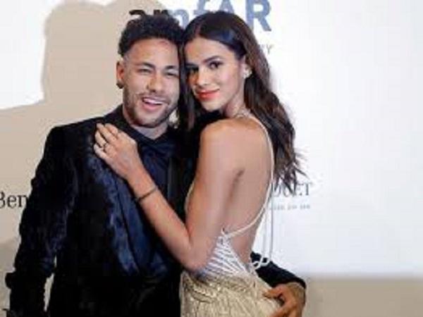 Những người tình nóng bỏng của Neymar