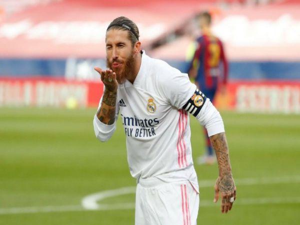Tin bóng đá tối 1/2: Sergio Ramos lại giở chiêu trò với MU