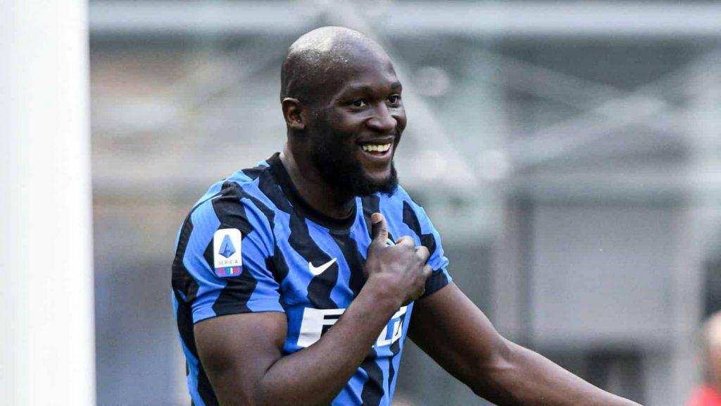 Chelsea quan tâm đến Romelu Lukaku và Erling Haaland