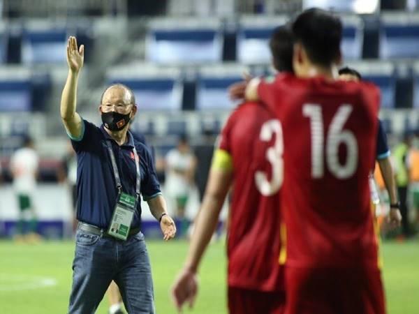 Tin thể thao 9/6: Thầy Park được báo chí Hàn Quốc khen ngợi